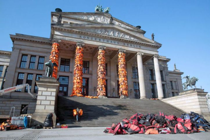 ai-weiwei-berlin-concert-hall-life-vests-2-810x540