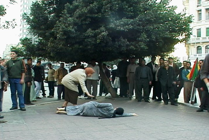 Kimsooja_A_Homeless_Woman_Cairo