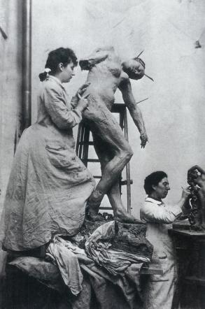 william-elborne-musee-rodin-paris-camille-claudel-travaillant-sur-loeuvre-de-shankutala-dans-latelier-notre-dame-des-champs-1887