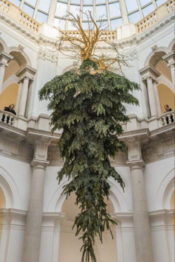 xmas-tree-tate