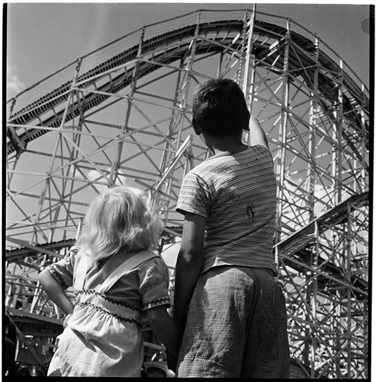 Palisades Amusement Park [Children looking at a roller coaster.]