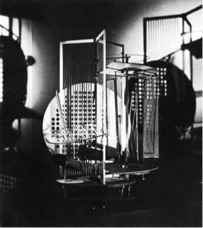 Laszlo Moholy-Nagy, Licht-Raum Modulator (1930). Réplique de 1970